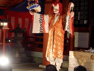 2013年の第一回目「吉原芸術大サービス?線の上で踊る?」の様子④