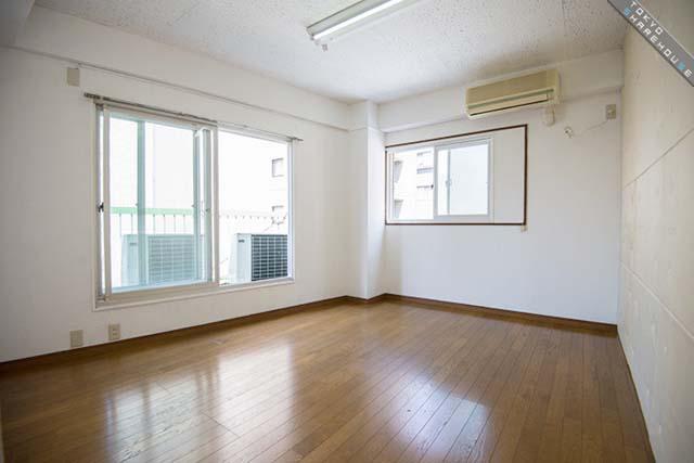 約9平米から13平米までのワンルーム、全11室(写真:東京シェアハウス)