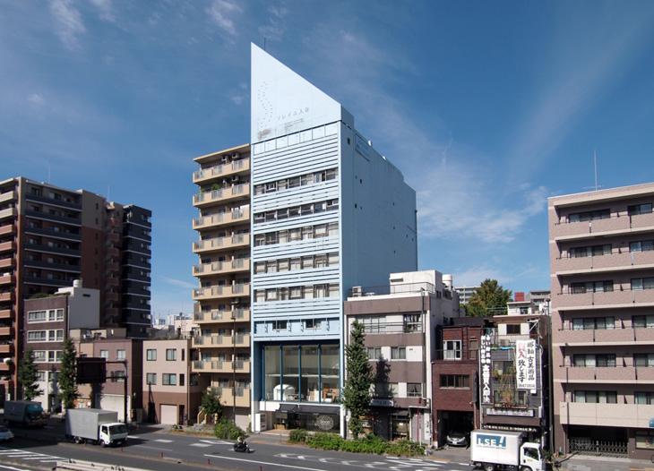 メトロ設計の本社がある台東区のソレイユ入谷ビル。8階と9階の2フロアにオフィスを構える